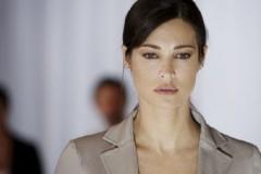Manuela Arcuri, attrice drammatica nel thriller So che ritornerai