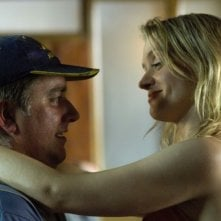 Pat Shortt e Anne-Marie Duff in un'immagine del film Garage