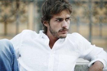 Raniero Monaco Di Lapio in una scena del tv movie So che ritornerai