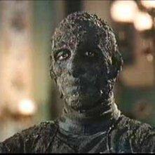 Un primo piano di Christopher Lee ne La mummia