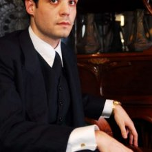 Javier Beltrán in una scena del film Little Ashes