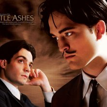 Un wallpaper del film Little Ashes con Javier Beltrán e Robert Pattinson