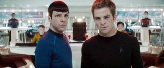 Zachary Quinto e Chris Pine sul set del film Star Trek (2009)