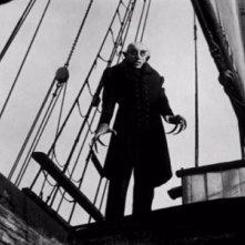 Max Schreck è Nosferatu nel capolavoro di Murnau