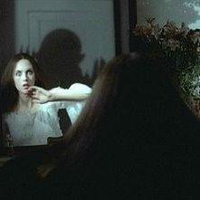 L'ombra di Klaus Kinski spaventa Isabelle Adjani in Nosferatu, principe della notte