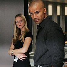 A.J. Cook e Shemar Moore in una scena dell'episodio 'Il tassello mancante' della serie tv Criminal Minds