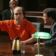 Eric Lange insieme a Steven Culp in una scena dell'episodio 'Tabula Rasa' della serie tv Criminal Minds