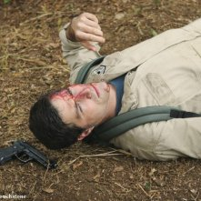 Matthew Fox in un momento dell'episodio Follow the Leader di Lost