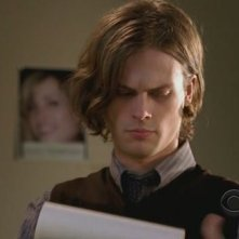 Matthew Gray Gubler nell'episodio 'House on fire' della quarta stagione di Criminal Minds