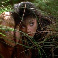 Renée O'Connor e Shiri Appleby nella puntata 'Xena e l'anfora di Apollo' della 3 serie di Xena