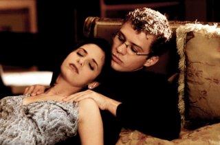 Scena sensuale fra Sebastian e Kathryn (Ryan Phillippe e Sarah Michelle Gellar) nel film 'Cruel Intentions'