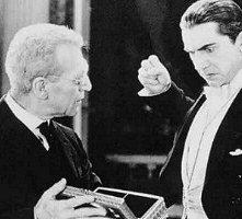 Bela Lugosi e Edward Van Sloan in una scena di Dracula