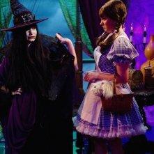 Demi Lovato e Tiffany Thornton nell'episodio Poll'd Apart di Sonny tra le stelle