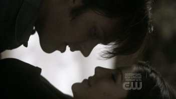 Genevieve Cortese e Jared Padalecki nell'episodio When the Levee Breaks di Supernatural
