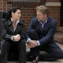 Julianna Margulies e Aidan Quinn nella serie Canterbury's Law