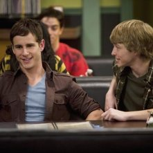 Kelly Blatz e Sterling Knight in una scena dell'episodio Sonny With a Chance of Dating di Sonny tra le stelle