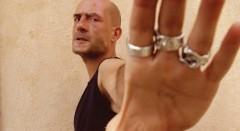 Il cinema contro la droga: nel film Polvere l'Italia marcia di cocaina