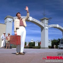 Un wallpaper di Jim Carrey che interpreta Truman Burbank per il 'The Truman Show'