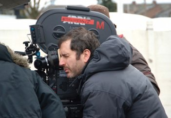 Xavier Giannoli sul set del film À l'origine, presentato in concorso a Cannes nel 2009