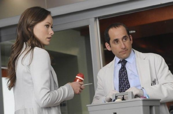 Olivia Wilde E Peter Jacobson In Una Scena Di Both Sides Now Di Dr House Medical Division 116815