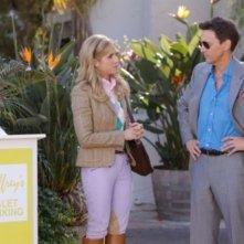 Brittany Snow ed Andrew McCarthy in una scena dell'episodio Valley Girls di Gossip Girl