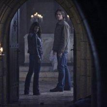 Jared Padalecki e Genevieve Cortese nell'episodio Lucifer Rising di Supernatural