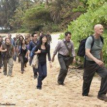 Michael Emerson, Yunjin Kim e Terry O'Quinn nell'episodio The Incident, finale della stagione 5 di Lost