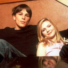 Josh Hartnett e Kirsten Dunst sono Trip Fontaine e Lux Lisbon ne 'Il giardino delle vergini suicide'