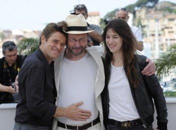 Cannes 2009: Willem Dafoe, Lars Von Trier e Charlotte Gainsbourg presentano il controverso Antichrist