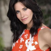 Courteney Cox è Jules nella serie TV Cougar Town