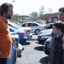 Frank Dolce, Troy Gentile e Davis Cleveland con Tyler Labine nella serie Sons of Tucson