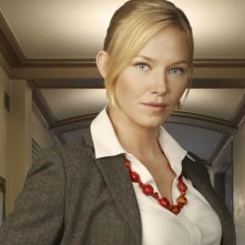 Kelli Giddish è la dottoressa Kate McGinn nella serie TV Past Life