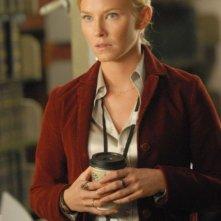Kelli Giddish nella serie TV Past Life