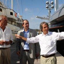 Enrico Bertolino e Carlo Vanzina sul set del film Un'estate ai Caraibi