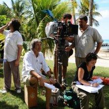Il regista Carlo Vanzina sul set del film Un'estate ai Caraibi
