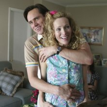Jim Carrey e Leslie Mann in una scena del film I Love You Phillip Morris