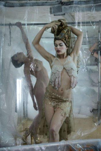 Laetitia Casta è una sensuale Salomè nel film Visages, di Tsai Ming-Liang