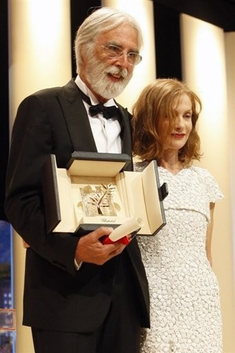 Cannes 2009 Michael Haneke Vincitore Della Palma D Oro Per Il Nastro Bianco Insieme A Isabelle Huppert 118086