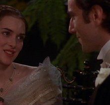 Daniel Day-Lewis e Winona Ryder in una scena de L'età dell'innocenza