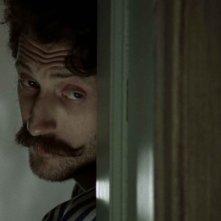 Eugene Hutz in un'immagine del film Sacro e profano, film d'esordio alla regia di Madonna