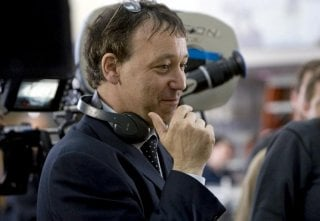 Il regista Sam Raimi sul set del film horror Drag Me to Hell
