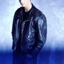 Jason Behr in una foto promo per la 3serie Roswell