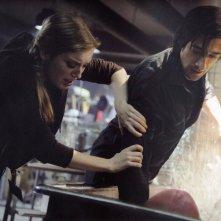 Adrien Brody in una sequenza del thriller sci-fi Splice, scritto e diretto da Vincenzo Natali