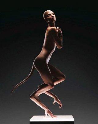 Una immagine promo del thriller sci-fi Splice, di Vincenzo Natali