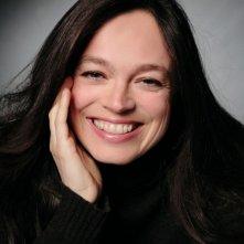 Alessandra Agosti in una foto promozionale della miniserie Nel nome del male prodotta da Sky Cinema