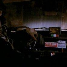 Roberto Benigni in una scena del film Taxisti di notte