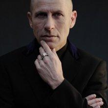 Vitaliano Trevisan è Riccardo Tramer nella miniserie Nel nome del male