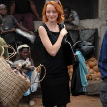 Lindy Booth è A.J. Butterfield nella serie TV The Philanthropist