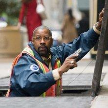 Denzel Washington è Walter Garber nel film Pelham 1-2-3: Un ostaggio al minuto