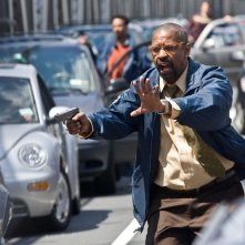Denzel Washington in una scena del film The Taking of Pelham One Two Three